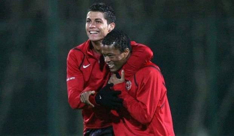 Evra'dan Ronaldo'ya koyunlu video göndermesi!